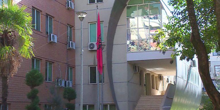 Conservazione delle strutture degli edifici in cui l'amministrazione fiscale è ospitata per il 2019